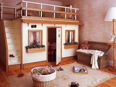 Ocupa el mismo espacio que una cama. En el interior para guardar cosas como jugueteros, cocinita, armarito, mesa y sillas, la luz es de lu...