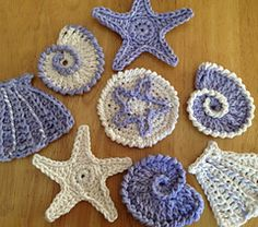 Sea Shell Motifs /Garland - free crochet pattern by Lynne Samaan, wow, thanks so xox ☆ ★ https://www.pinterest.com/peacefuldoves/