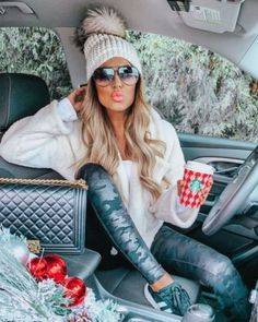 Cozy And Cute Winter Outfit - Women's Fashion Passion Leggings Outfit Winter, Legging Outfits, Sporty Outfits, Classy Outfits, Stylish Outfits, Ladies Outfits, Cute Winter Outfits, Fall Outfits, Dress Outfits