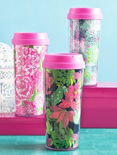 Lilly Pulitzer mugs would be a great gift for the on-the-go graduate!