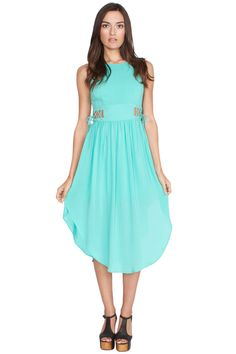 This must have mint dress will have you feeling eternally blissful! The Sugarlips Eternal Mint Dress features a cut out tie detail around the waist. Pair this with a your favorite nude wedges to complete the look. #MyLuluCloset #Sugarlips #Storenvy #Sales #Dresses