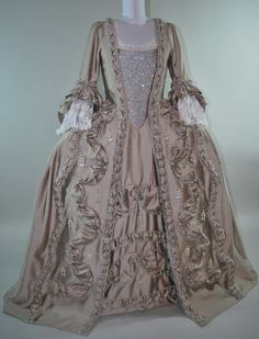Taupe Robe a la Francaise ca. 1750's