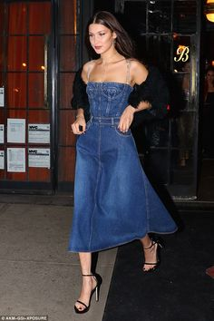 Model Bella Hadid wore a gorgeous Dior balconette style denim dress for a night out in New York City. Check out her outfit here. Bella Hadid Outfits, Bella Hadid Style, Outfits Inspiration, Mode Inspiration, Denim Fashion, High Fashion, Fashion Outfits, Glam Dresses, Dress Outfits