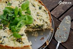 This Zucchini Spinach & Feta Cheese Pie is to die for! Best Nutrition Apps, Feta Cheese Nutrition, Coffee Nutrition, Pasta Nutrition, Nutrition Guide, Kids Nutrition, Diet And Nutrition