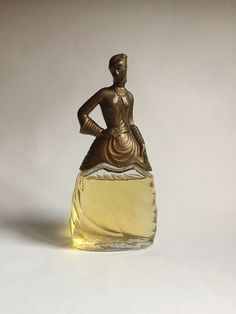 """(1937) """"Flirt"""" Rare vintage Pinaud """"Gone with the Wind"""" Scarlett O'Hara figural perfume bottle. This item was specifically created for the 1939 launch of Margaret Mitchell's 'Gone With the Wind' starring Clark Gable and the beautiful Vivien Leigh. Stam"""