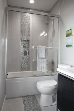 Nice 80 Fresh and Cool Small Bathroom Remodel and Decor Ideas https://livinking.com/2017/07/11/80-fresh-cool-small-bathroom-remodel-decor-ideas/