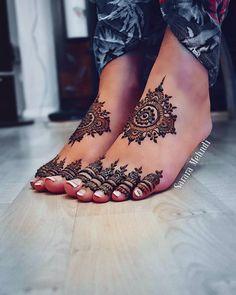 Gorgeous mandalas on the sweetest feet and toes     #henna#mehndi#hena#heena#mendi#mendhi#bridalmehendi#bridalhenna#bridalmendi#partyhenna#partymehndi#hennaparty#mehndiparty#tattoo#temporarytattoo#Khaleeji#arab#london#hena#bridalhenna#bridalmehndi#indian #pakistani #india #pakistan#hudabeauty#hennadesign#alarabiya #hennatattoo#londonhenna