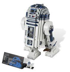 R2-D2 (in Italia C1-P8) dal sito Lego. Una vera meraviglia: http://shop.lego.com/en-IT/R2-D2-10225 Grazie a un tweet di @lafra
