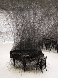 piano photo installation