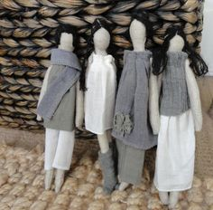 plain Janes - no patterns -- but great inspiration. Thinking of lolapooloza (?) doll