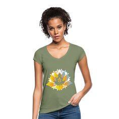 Geschenke Shop | meditation yoga - Frauen Vintage T-Shirt Chihuahua Shirt, Yoga Meditation, Cooler Style, Yoga Pilates, Classic Tattoo, Vintage T-shirts, Sporty Chic, Tattoo Shop, Feminine Fashion