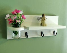 Shelf with mason jar and key hooks por LegacyStudio en Etsy