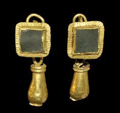 Roman Gold Lozenge and Teardrop Earrings, 2nd/3rd century A.D.
