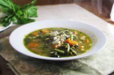 white bean kale and pesto soup