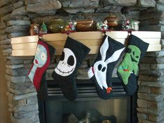 nightmare before christmas stockings! Love this for Halloween and Christmas :) Halloween Trees, Halloween Christmas, Christmas Themes, Christmas Crafts, Christmas Ornaments, Etsy Christmas, Christmas Candles, Halloween Candy, Nightmare Before Christmas Decorations