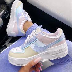 Jordan Shoes Girls, Girls Shoes, Aesthetic Shoes, Aesthetic Clothes, Nike Shoes Air Force, Nike Air Force 1 Outfit, Nike Air Force Ones, Cute Sneakers, Hype Shoes
