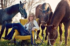 Senior pics ~ Yellow chair and horses