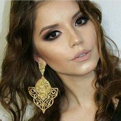 Maxi brinco Camila Seidl luxoooo 🌟🌟🌟🌟 Venha conferir as novidades e promoções!   Desconto especial à vista ou em até 6 x no cartão!    Compre pelo WhatsApp: 51 - 99948 5580    Envio para todo Brasil 💌    #oliviabassobijusesemijoias #bijusdaolivia #camilaseidlglamgirls #camilaseidl #luxo #brilho #swarovski #maxibrinco #glamour #temqueter #jewelery #queroja