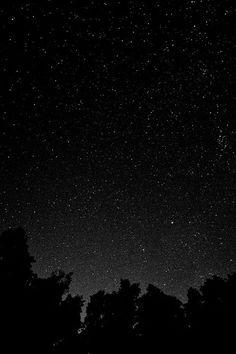 freeios7.com-iphone-4-iphone-5-ios7-wallpapermt43-starry-night-sky-star-galaxy-space-white-black-iphone4