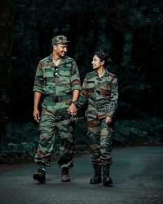 maneymaylip - 0 results for entertainment Military Couple Photography, Army Photography, Couple Photography Poses, Friend Photography, Maternity Photography, Army Couple Pictures, Couple Pics, Military Couples, Military Art