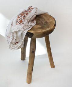 Image result for scaun traditional romanesc