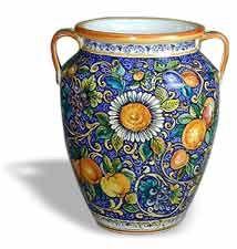 Beautiful vase Tuscan