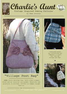 Sewing pattern to make the Village Post Bag PDF por charliesaunt