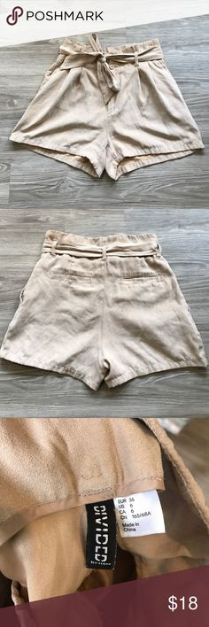 [H&M] Beige suede high-waisted shorts w/ tie belt Beige/tan, high-waisted shorts from H&M! Double-button clasp. One of my favorite pieces. Only getting rid of them because they don't fit anymore :( Super comfy. Great for casual and dressy occasions! H&M Shorts