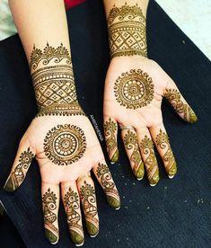11 Simple and Easy ways to Darken your Mehendi Design! Henna Mehndi, Henna Art, Mehendi, Henna Tattoo Designs, Mehandi Designs, Beautiful Henna Designs, Beautiful Mehndi, Top Fitness Models, Henna Color