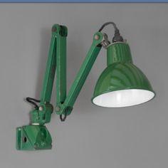 Vintage British machinist's light, circa 1930, from Skinflint Design. #vintage #lighting #british #thdmember #skinflint #industrial #interiordesign #interiors