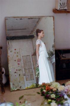 Christina Sfez - Robes de mariée | Modèles:  Robe Manon & Top Olivia | Crédits: Lucie Cipolla | Blog mariage -- #RobesDeMariée #mariage #wedding #WeddingDresses #WeddingDress #Bride #brides #Mariée #FutureMariée #Créatrice #ChristinaSfez