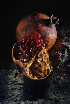 still life by Vadim Stein, via Behance Fruit Photography, Still Life Photography, Fine Art Photography, Still Life Photos, Still Life Art, Pomegranate Art, Delicious Fruit, Environmental Art, Fruit And Veg