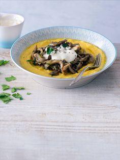 Jemná polenta se s voňavým ragú báječně doplňuje. Polenta, Ethnic Recipes, Food, Essen, Meals, Yemek, Eten