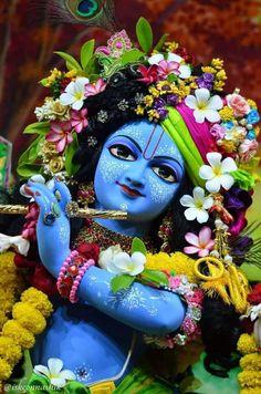 Jai Shree Krishna, Krishna Art, Radhe Krishna, Sai Baba Hd Wallpaper, Lord Krishna Hd Wallpaper, Lord Krishna Images, Krishna Pictures, Indian Art Paintings, Fantasy Paintings
