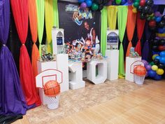 Farrah Ruth Productions 's Birthday / Space jam - Photo Gallery at Catch My Party 1st Birthday Party Themes, Baby 1st Birthday, Birthday Ideas, Baby Shower Games, Baby Shower Parties, Space Jam Theme, Baby Looney Tunes, Baby Shower Gender Reveal, First Birthdays