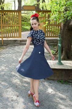 Cherise -- more at --> http://pinup-fashion.de/8963/cherise-klassische-retro-mode-aus-finnland/