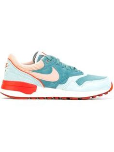 """Comprar Nike zapatillas """"Air Pegasus 83"""" en Voo Store from the world's best independent boutiques at farfetch.com. Shop 300 boutiques at one address."""