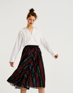 Falda midi plisada rayas - Faldas - Ropa - Mujer - PULL BEAR España Falda  Midi Plisada e159886bc003