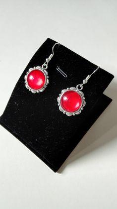 Boucles d'oreilles royales celtiques Claire Sassenach cabochons rouges argenté Outlander Reign Ecosse