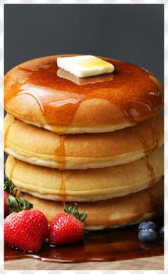 Fluffy Pancakes Recipe by Tasty - Fluffy Perfect Pancakes – 4 cups flour sifted, 4 T baking powder, 4 cups milk warm to the touch, - Breakfast Dishes, Breakfast Recipes, Pancake Recipes, Perfect Pancake Recipe, Souffle Pancakes, Buttermilk Pancakes, Egg White Pancakes, Tasty Pancakes, Clean Eating Snacks