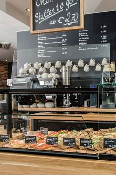 Pin by lina kufurany on cafe in 2019 coffee shop business, coffee shop desi Bakery Interior, Cafe Interior Design, Deco Restaurant, Restaurant Design, Cofee Shop, Coffee Bar Home, Coffee Art, Coffee Shop Business, Sandwich Bar