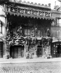 If only time travel was possible-'Le Café de L'Enfer was a Hell-themed café in Paris' red light district (aka Pigalle, the neighborhood of the Moulin Rouge), created in the late 19th century and operating until sometime around the middle of the 20th.'