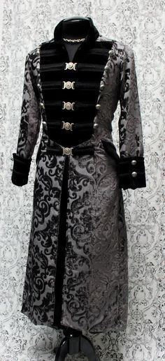 Shrine of Hollywood - Rock Couture, Gothic Clothing, Victorian Clothing, Punk Clothing, Steampunk Clothing Gothic Mode, Gothic Lolita, Alternative Mode, Alternative Fashion, Wizard Robes, Army Coat, Gothic Vampire, Gothic Outfits, Character Outfits