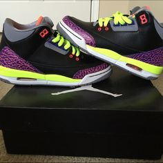 buy popular dea57 c3801 Air Jordan 3 retro 4Y or 6 in women s Black atomic red neon .