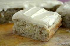 Banana Walnut Cake with Caramel Frosting ~ part banana bread, part snack cake, part blondie, this little banana cake is a must make! Just Desserts, Delicious Desserts, Dessert Recipes, Pudding Recipes, Cupcake Recipes, Dessert Ideas, Banana Walnut Cake, Banana Cakes, Banana Bread