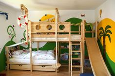 Bunk Bed Laterally Staggered (Image 1)