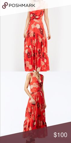 Free People🌸Sure Thing Floral Print Dress Beautiful floral maxi dress from Free People, perfect for wedding season. Has buttons on the back (see picture) that adds to its uniqueness! Free People Dresses Maxi