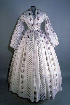 inspiration for my super-lightweight summer blue/pink cotton plaid...[Cotton dress, 1860-65]