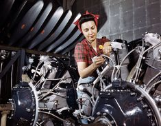 Women at Work WW2 Restored in Color #photography #history