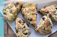 Oatmeal Dark Chocolate Chunk Scones